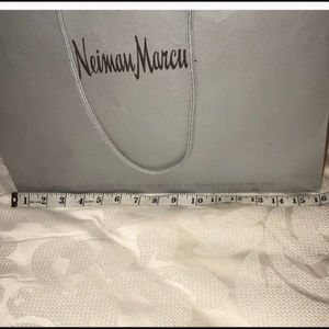 Neiman Marcus Bags - NEW Excellent Neiman Marcus Shopping Bag 16x12